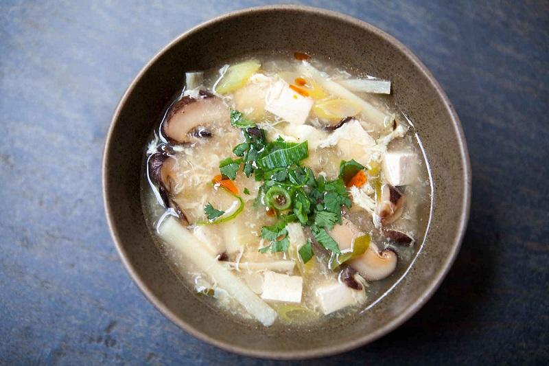https: img-o.okeinfo.net content 2018 08 09 298 1934316 serba-jamur-2-rekomendasi-resep-untuk-menu-sarapan-spesial-GHXDQmqLQK.jpg