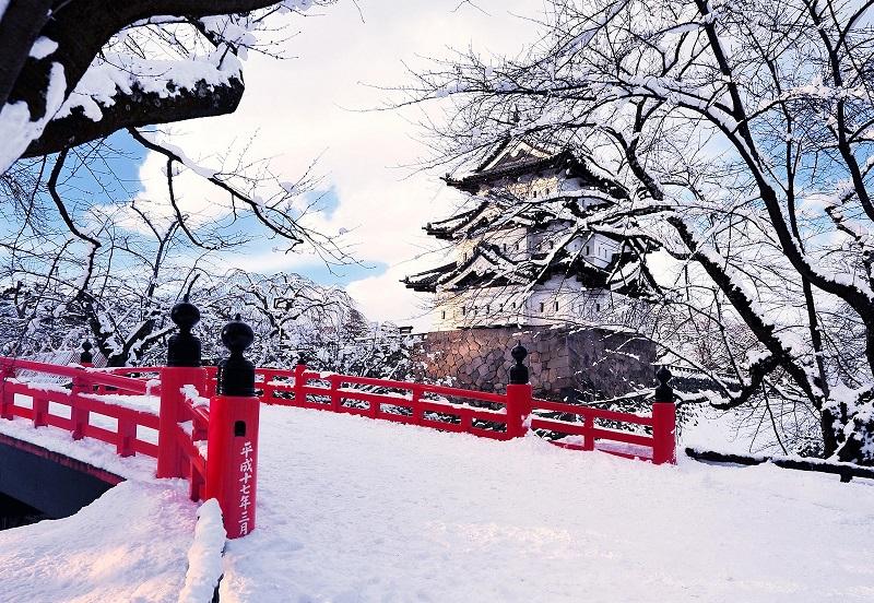 https: img-o.okeinfo.net content 2018 08 10 406 1934647 musim-salju-jadi-waktu-terbaik-untuk-liburan-ke-jepang-P0ExexHPtX.jpg