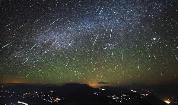 https: img-o.okeinfo.net content 2018 08 11 56 1935069 malam-ini-hujan-meteor-perseid-dapat-disaksikan-di-seluruh-wilayah-indonesia-32ZgfFIDP5.jpg