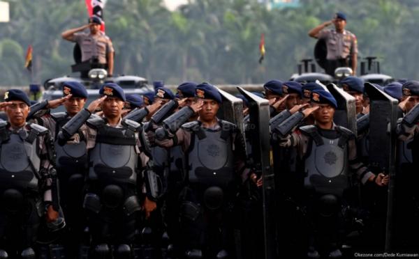https: img-o.okeinfo.net content 2018 08 12 340 1935367 200-personel-brimob-dikirim-ke-timika-papua-atasi-kelompok-bersenjata-5MdsNM5JTj.jpg