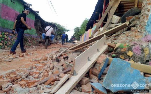 https: img-o.okeinfo.net content 2018 08 13 340 1935789 kerugian-akibat-gempa-di-lombok-capai-rp5-04-triliun-MiFQumA9xi.jpg