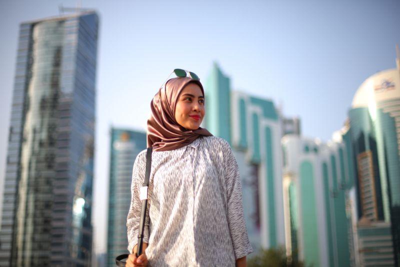 https: img-o.okeinfo.net content 2018 08 18 194 1938369 boleh-bangga-ini-sederet-gaya-hijab-khas-indonesia-yang-jadi-kiblat-dunia-YIKVnHmAGU.jpg