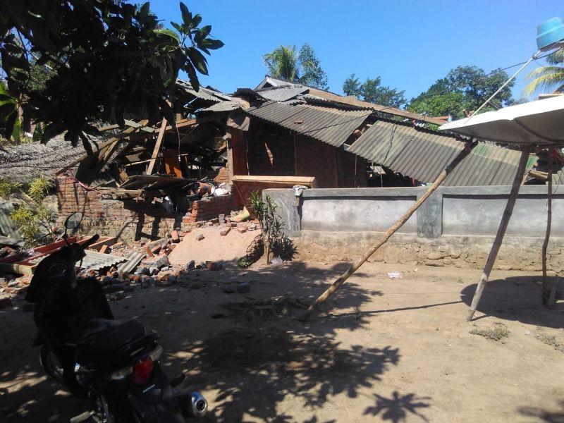 https: img-o.okeinfo.net content 2018 08 25 340 1941271 dalam-masa-transisi-situasi-di-lombok-kian-membaik-sgGahc5gan.jpg