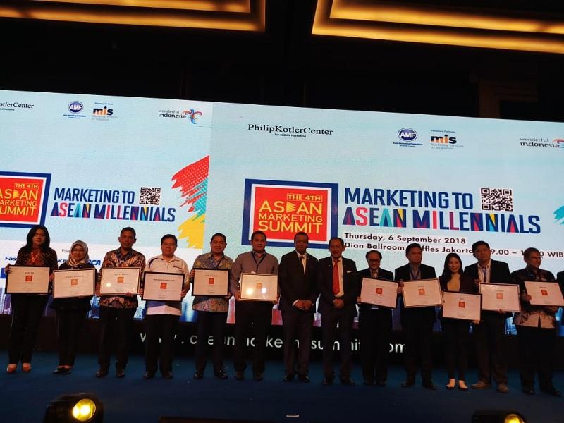 https: img-o.okeinfo.net content 2018 09 06 278 1947040 mnc-group-dan-rcti-raih-penghargaan-di-the-4th-asean-marketing-summit-4TkxTYmkuG.jpeg