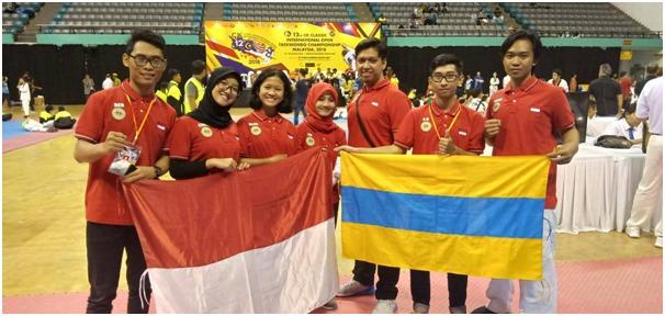 https: img-o.okeinfo.net content 2018 09 12 65 1949297 3-mahasiswa-unair-raih-medali-di-kejuaran-taekwondo-malaysia-2NfIfP6n78.jpg