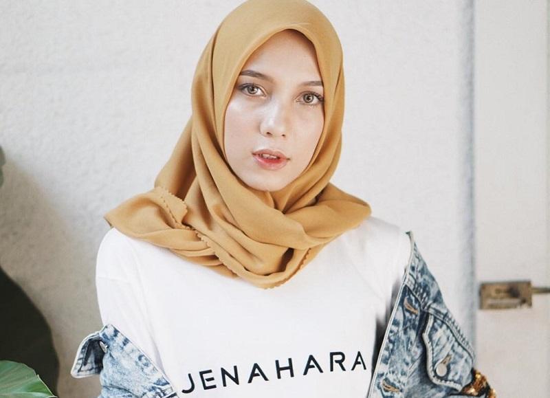 https: img-o.okeinfo.net content 2018 09 21 194 1953537 menanti-koleksi-anyar-jenahara-nasution-di-wonderful-indonesia-culinari-shopping-festival-TpS3O7D4lr.jpg