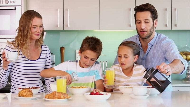 https: img-o.okeinfo.net content 2018 09 25 298 1955177 coba-deh-3-inspirasi-resep-sarapan-dari-chef-jamie-oliver-pw5JCzfDCa.jpg