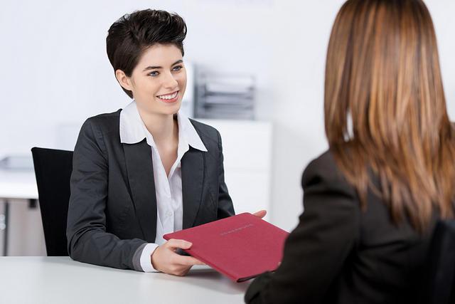 https: img-o.okeinfo.net content 2018 09 27 320 1956480 pt-inka-buka-lowongan-kerja-jadi-sekretaris-syaratnya-wanita-muda-maksimal-25-tahun-gwILDwIaaW.jpg