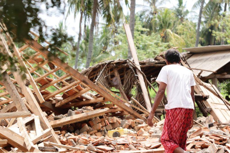 https: img-o.okeinfo.net content 2018 10 03 481 1958930 psikiater-tak-heran-jika-ada-aksi-jarah-usai-gempa-dan-tsunami-palu-pzhsmJF0ke.jpg