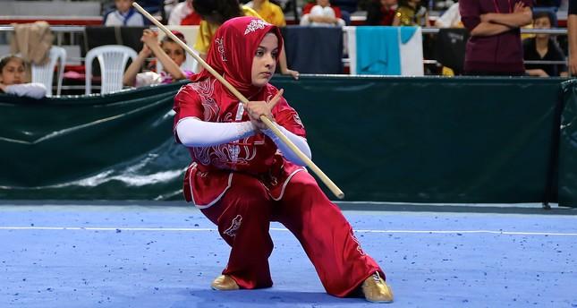 https: img-o.okeinfo.net content 2018 10 09 196 1961396 tolak-lepas-hijab-seperti-miftahul-jannah-3-atlet-ini-didiskualifikasi-sebelum-bertanding-1NT5qDzxWx.jpg