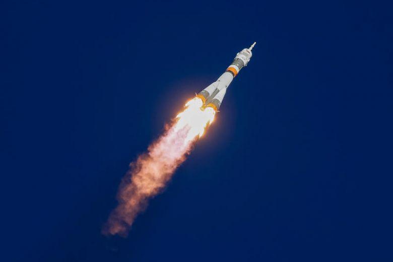 https: img-o.okeinfo.net content 2018 10 11 18 1962742 pesawat-ulang-alik-dengan-dua-astronot-iss-alami-kerusakan-di-udara-l4rNeXYp8o.jpg
