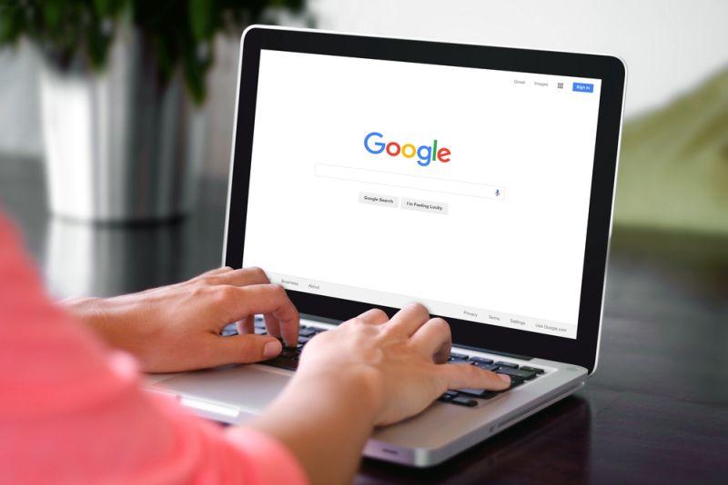 https: img-o.okeinfo.net content 2018 10 12 207 1963417 google-luncurkan-fitur-keamanan-internet-untuk-anak-OmlywB7bs7.jpg