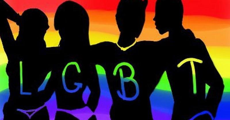https: img-o.okeinfo.net content 2018 10 12 525 1963153 heboh-grup-gay-ratusan-pelajar-smp-di-garut-deklarasi-tolak-lgbt-XQZEih96Sb.jpg