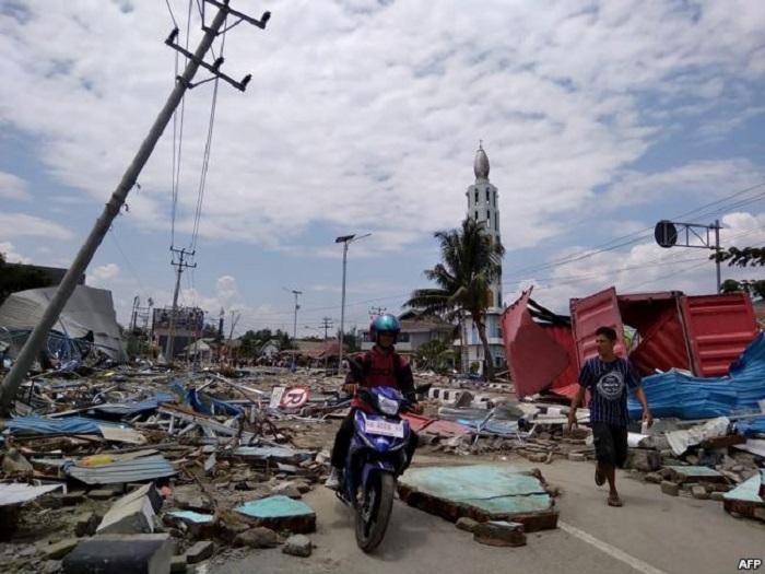 https: img-o.okeinfo.net content 2018 10 17 196 1965409 pembangunan-sekolah-di-lokasi-bencana-harus-disesuaikan-dengan-kondisi-psikologis-masyarakat-XLFb5uh39O.jpg