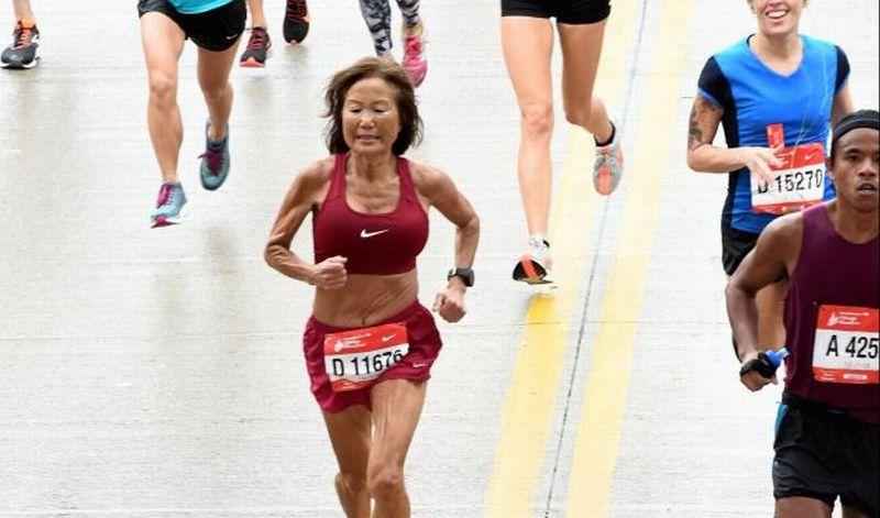 https: img-o.okeinfo.net content 2018 10 18 196 1965948 nenek-70-tahun-ini-pecahkan-rekor-dunia-untuk-pelari-marathon-tercepat-7itEkuusJR.jpg