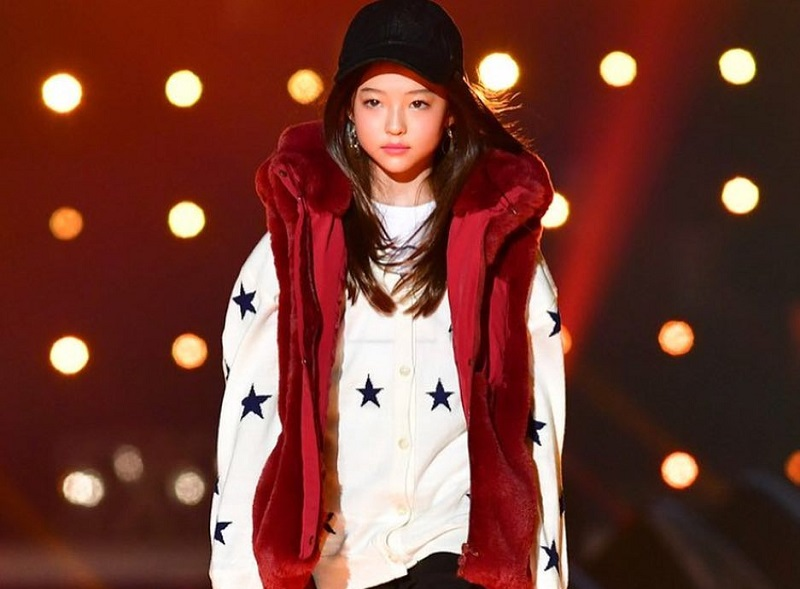 https: img-o.okeinfo.net content 2018 10 22 194 1967304 cantiknya-ella-gross-model-cilik-blasteran-korea-amerika-yang-mendunia-e49bIxvwvh.jpg