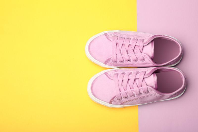 https: img-o.okeinfo.net content 2018 10 26 194 1969351 skin-heels-sepatu-mirip-kaki-manusia-terinspirasi-dari-photoshop-zuvBNlDMR5.jpg