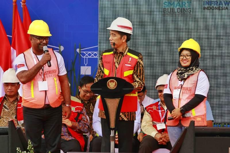 https: img-o.okeinfo.net content 2018 11 01 1 1971799 bri-dukung-industri-infrastruktur-nasional-melalui-acara-konstruksi-indonesia-2018-dwX8rkFCcV.jpg