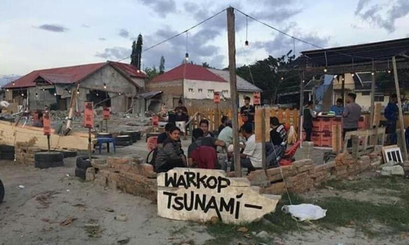 https: img-o.okeinfo.net content 2018 11 06 298 1974031 1-500-kopi-gratis-di-warkop-tsunami-untuk-kebangkitan-kota-palu-bkAhlk8Hns.jpg