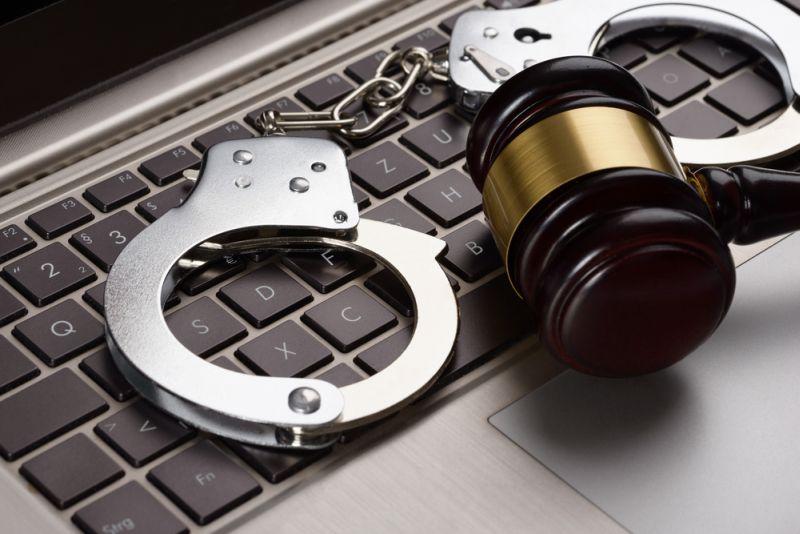 https: img-o.okeinfo.net content 2018 11 09 337 1975658 polisi-tangkap-sindikat-hacker-yang-dilakukan-anak-di-bawah-umur-wSblBuqEMk.jpg