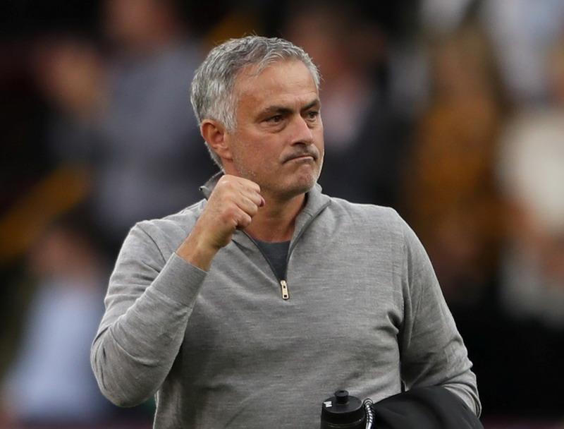 https: img-o.okeinfo.net content 2018 11 11 45 1976260 mourinho-man-united-tengah-berjuang-keras-untuk-posisi-empat-besar-ERQ7JGGGZ5.jpg