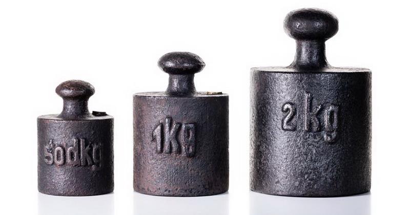 https: img-o.okeinfo.net content 2018 11 16 56 1978700 berat-1-kg-saat-ini-berbeda-dengan-1-kg-di-2019-saatnya-ganti-timbangan-hi8sKmmmkj.jpg