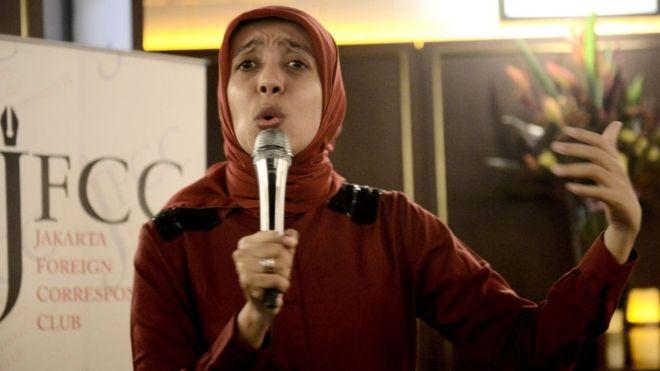 https: img-o.okeinfo.net content 2018 11 20 337 1980387 sakdiyah-ma-ruf-komedian-indonesia-masuk-daftar-perempuan-inspiratif-dan-berpengaruh-zn8V442Dnj.jpg