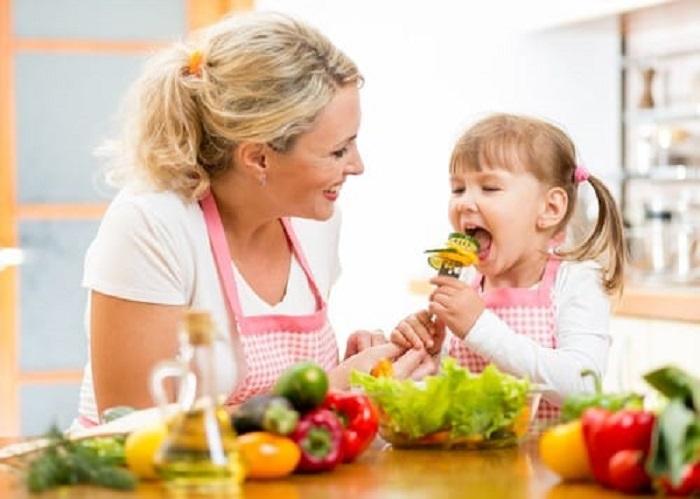 https: img-o.okeinfo.net content 2018 11 21 481 1980885 rekomendasi-makanan-dan-jumlah-nutrisi-yang-dapat-bantu-tumbuh-kembang-si-kecil-d06Q3i2mjo.jpg