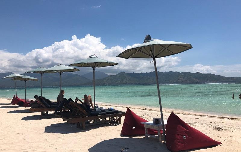 https: img-o.okeinfo.net content 2018 11 23 406 1982004 perjalanan-ke-gili-air-lombok-bakal-makin-seru-jika-melalui-bali-j2VFPgHdw3.jpeg