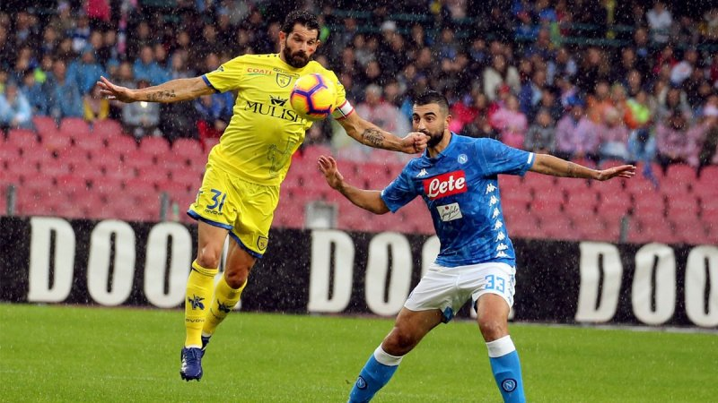Hasil Pertandingan Napoli vs Chievo di Liga Italia 2018-2019