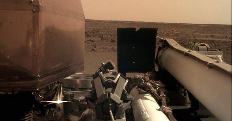 https: img-o.okeinfo.net content 2018 11 27 56 1983573 ini-foto-selfie-pertama-robot-insight-di-mars-ybsfgFW4Oy.jpg