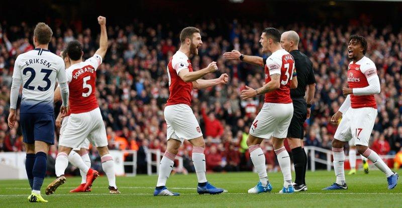 Sempat Tertinggal, Arsenal Akhirnya Menang Dramatis atas Tottenham