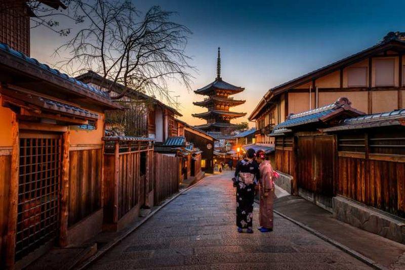 https: img-o.okeinfo.net content 2018 12 03 406 1985995 catat-5-destinasi-wisata-jepang-yang-ramah-turis-muslim-eAc3Q8BCmv.jpg