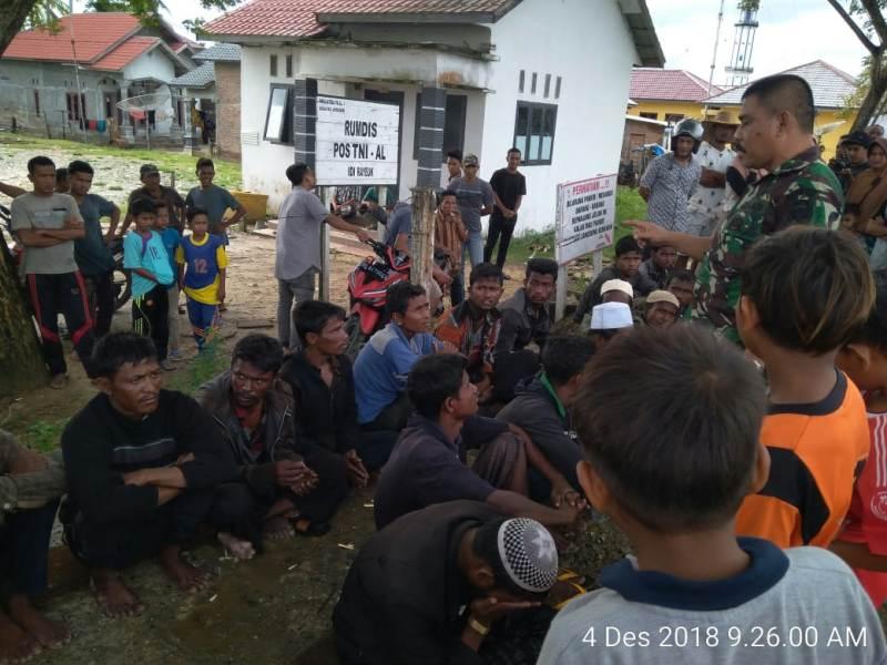 https: img-o.okeinfo.net content 2018 12 04 340 1986572 20-warga-rohingya-terdampar-di-aceh-timur-9hLtI9q5kH.jpeg