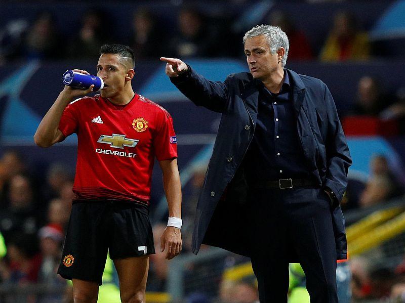 https: img-o.okeinfo.net content 2018 12 05 45 1986987 mourinho-sebut-keterpurukan-man-united-bukan-karena-perpecahan-FfklqMCj0n.JPG