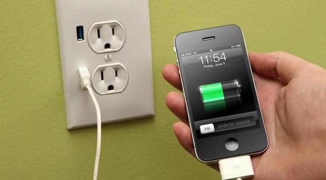 https: img-o.okeinfo.net content 2018 12 05 92 1987270 3-tips-charging-agar-ponsel-anda-awet-f3LhuvtDAn.jpg