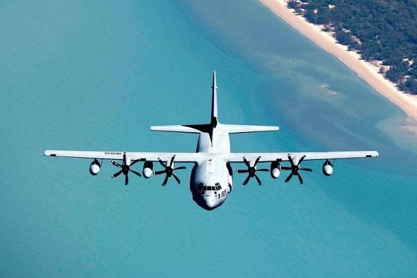 https: img-o.okeinfo.net content 2018 12 06 18 1987549 dua-pesawat-militer-as-jatuh-di-laut-jepang-enam-marinir-hilang-RIW9S0WCV0.jpg