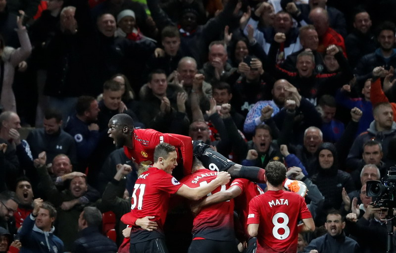 https: img-o.okeinfo.net content 2018 12 06 45 1987415 live-streaming-man-united-vs-arsenal-bisa-disaksikan-di-sini-Ft9U6mklB3.jpg
