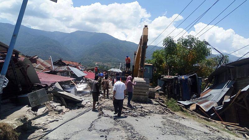 https: img-o.okeinfo.net content 2018 12 06 470 1987464 pasca-gempa-dan-tsunami-rekonstruksi-kota-palu-dimulai-januari-2019-EfPaeZIU8Q.jpg