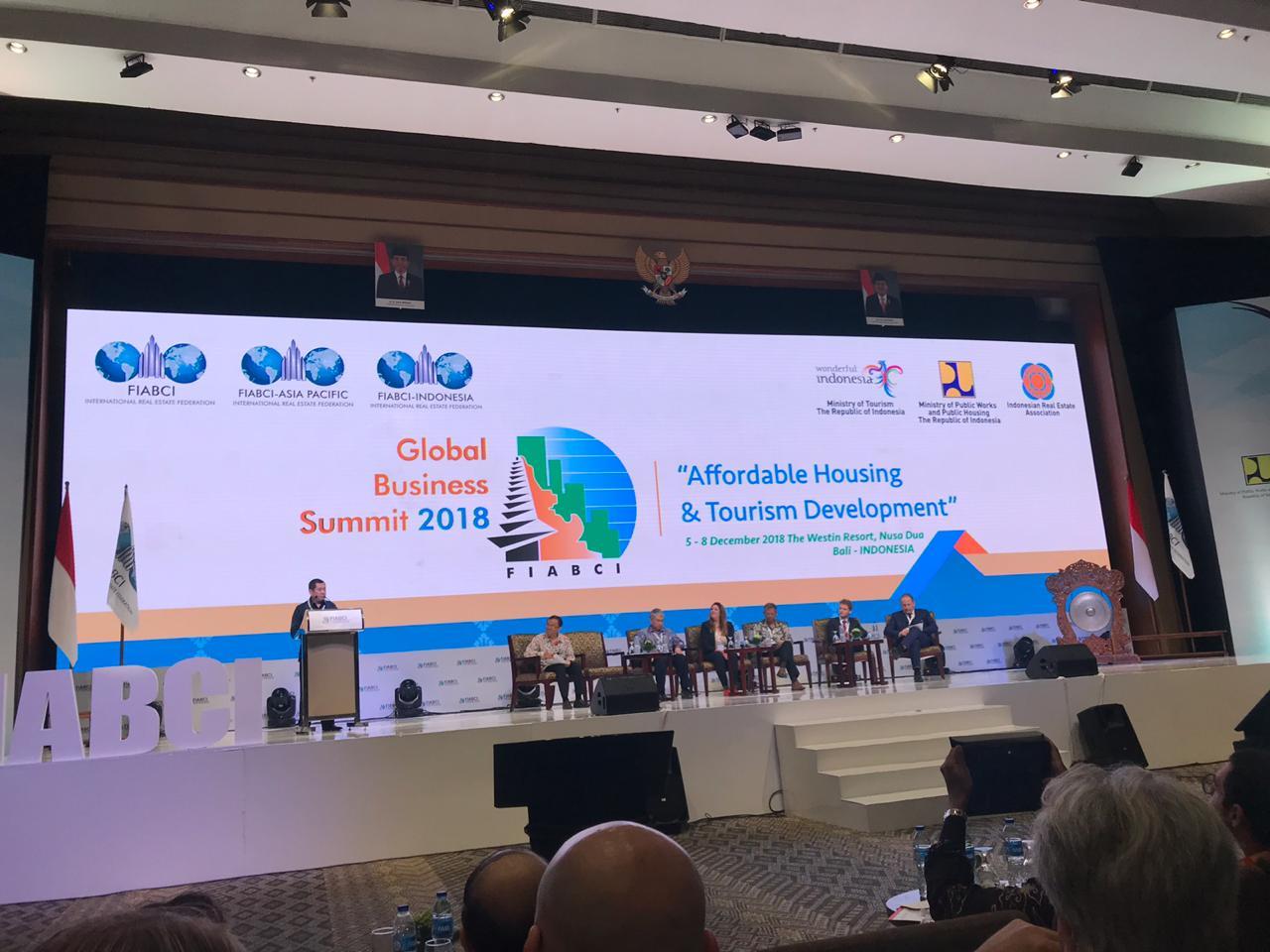 https: img-o.okeinfo.net content 2018 12 08 470 1988451 fiabci-summit-pertama-digelar-di-indonesia-rei-tawarkan-investasi-rp68-triliun-9y63ztLH0C.jpg