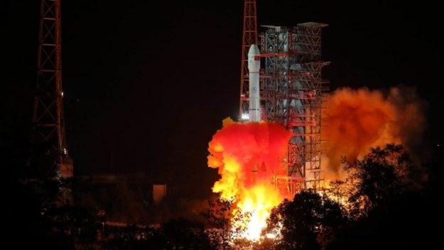 https: img-o.okeinfo.net content 2018 12 10 56 1989328 misi-luar-angkasa-chang-e-4-pelajari-sisi-terjauh-bulan-WaV2bzdAeY.jpg