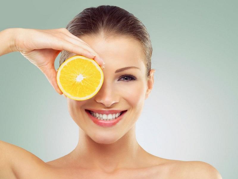 https: img-o.okeinfo.net content 2018 12 10 611 1989324 mau-kulit-glowing-tanpa-make-up-cukupi-kebutuhan-3-vitamin-ini-Jjd5xYpnPj.jpg