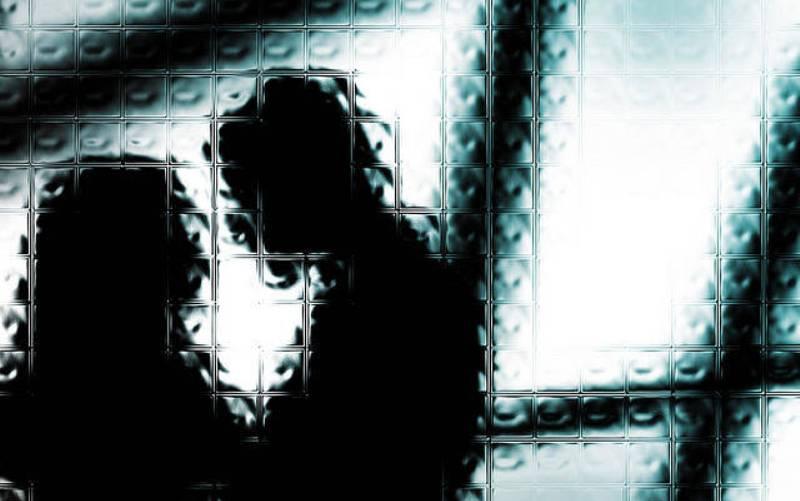 https: img-o.okeinfo.net content 2018 12 13 510 1991000 skema-pesta-seks-di-yogyakarta-satu-pasangan-bercinta-yang-lain-nonton-4Zw5btyv5Q.jpg