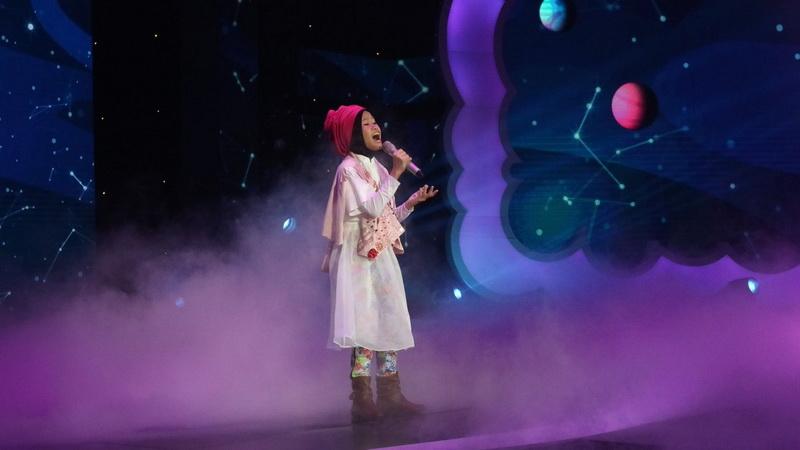 https: img-o.okeinfo.net content 2018 12 14 598 1991342 maia-estianty-doakan-raisya-jadi-bintang-setelah-lulus-indonesian-idol-junior-GGrqXzPpiQ.jpg