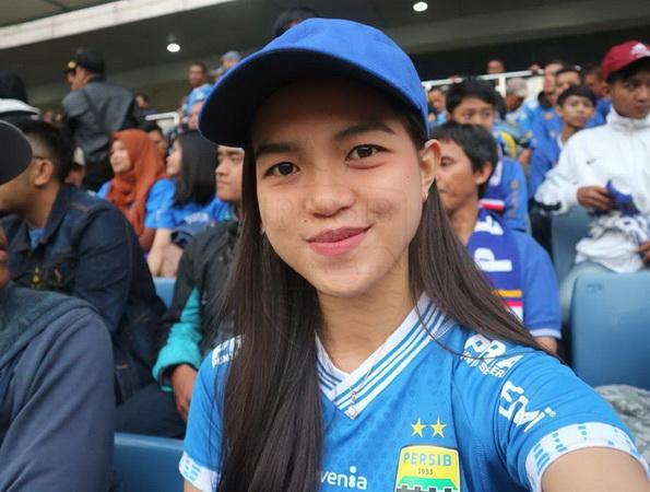 https: img-o.okeinfo.net content 2018 12 17 49 1992426 harapan-bobotoh-cantik-untuk-persib-di-kratingdaeng-piala-indonesia-2018-6rjbfXqjqn.jpg