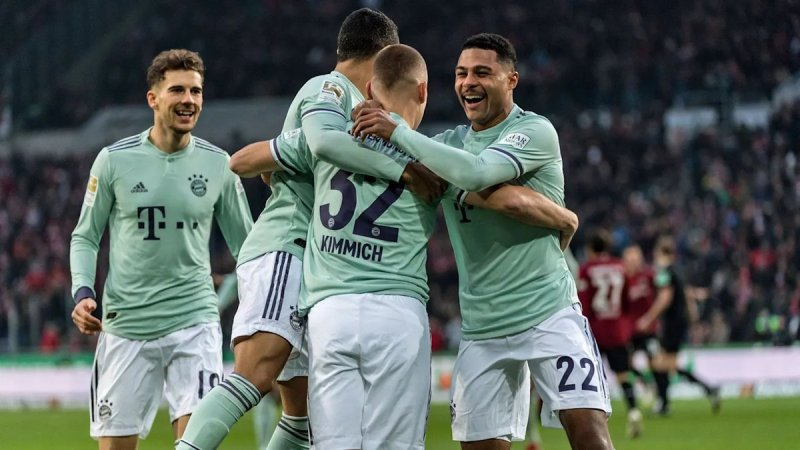 Bertemu di 16 Besar, Neuer Sebut Bayern Tahu Titik Lemah Liverpool