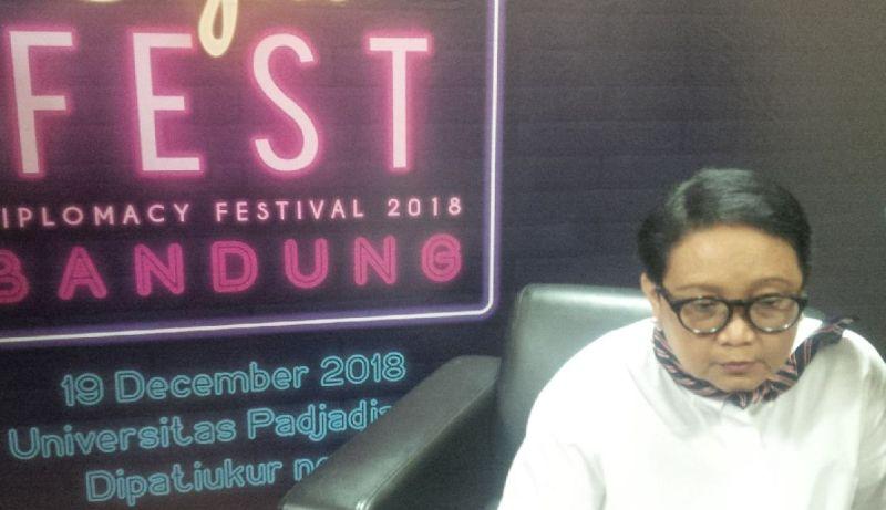https: img-o.okeinfo.net content 2018 12 19 18 1993496 gelar-diplomacy-festival-2018-menlu-retno-harap-masyarakat-paham-politik-luar-negeri-FCJVEB0FRZ.jpg