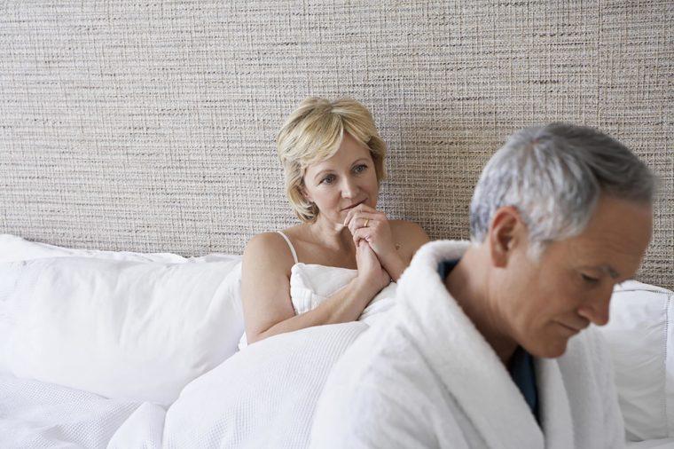 https: img-o.okeinfo.net content 2018 12 25 485 1995820 bagaimana-kehidupan-seks-anda-di-atas-usia-50-tahun-cek-faktanya-5RiFt93NEj.jpg
