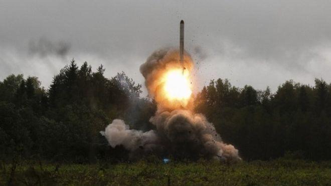 https: img-o.okeinfo.net content 2018 12 25 525 1995850 suara-dentuman-misterius-terdengar-di-cianjur-hingga-sumsel-benarkah-dari-peluncuran-roket-jgCIYcX4q1.jpg