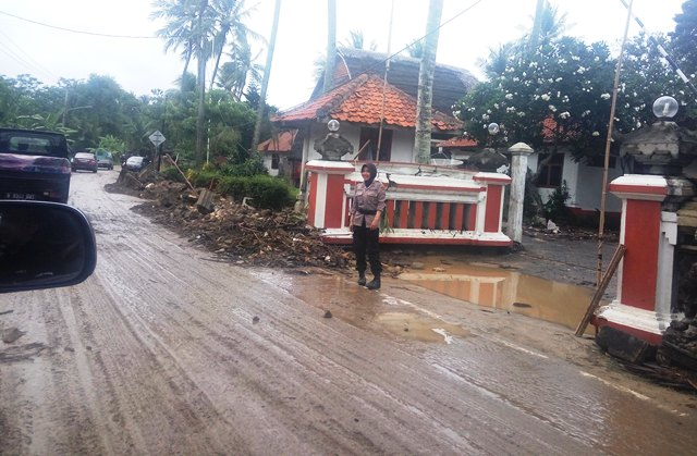 https: img-o.okeinfo.net content 2018 12 31 340 1997967 tak-punya-rumah-lagi-33-316-korban-tsunami-masih-di-pengungsian-GNyPnVfi4v.jpg